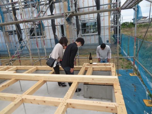 ワンちゃんのお部屋のあるキューブ型のデザイナーズハウス上棟式 神栖市T様邸